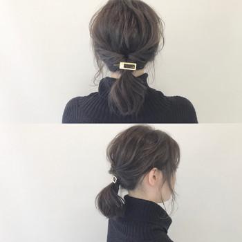 髪を一つにまとめてくるりんぱしただけの簡単アレンジ☆ 後れ毛を出したり、後頭部の髪を少し引っ張って崩してあげるとルーズな雰囲気になって◎