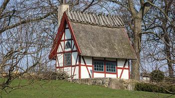 まるで白雪姫の小人の家のようなタイニーハウス。たとえ小さくてもこんなに可愛らしい家で過ごす暮らしは、きっと幸せなものになるでしょう。