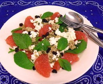カプチーノやミルクティにも合う、甘さ控えめのスウィートサラダ。スポーツする日の朝にいかがですか?