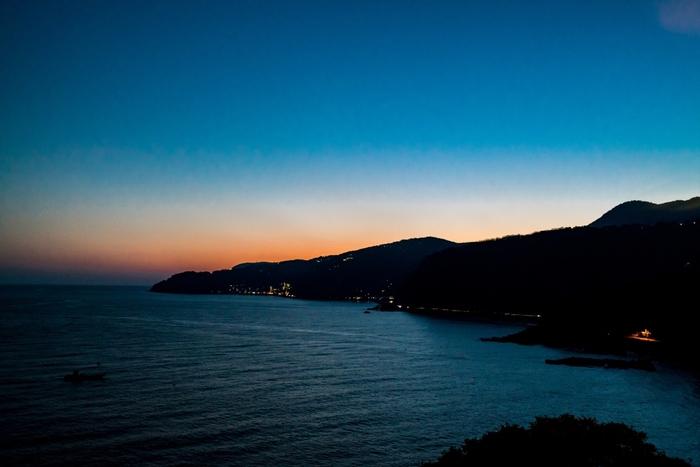 日中の景色もさることながら、夕日も幻想的で素敵です。