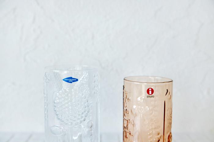 左:ヌータヤルヴィガラス工場製、右:イッタラ工場製