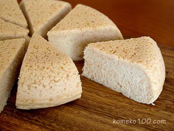 材料をよく混ぜて、スイッチを入れるだけの簡単米粉ケーキ。オーブンがなくても気軽に米粉ケーキが作れます。デコレーションケーキの台になるスポンジケーキとしてもおすすめです。