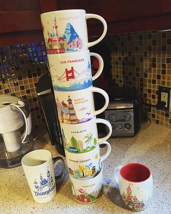 どの都市のマグカップも、それぞれに個性があってとってもかわいいですよね。  全ての都市で販売されているわけではないので、見つけたらラッキーです。スタバに立ち寄ったらぜひチェックしてみてくださいね。