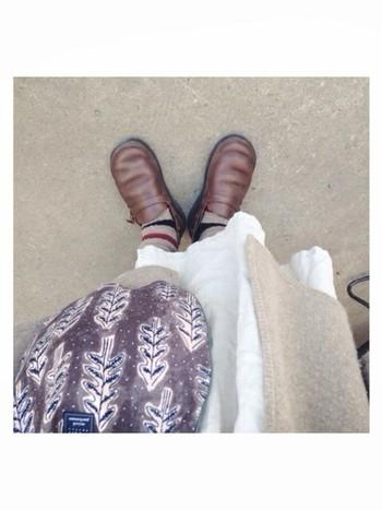 もちろん、履き心地もどんどんよくなっていくわけで。 春にはきれい色のスパッツやタイツで、夏は素足、秋冬はお気に入りのソックスを合わせて、一年中履きたい一足のような気がします♪
