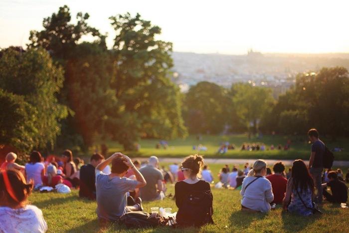 ピクニックにお出掛けしたくなっちゃう!おしゃれでかわいいレジャーシートあれこれ