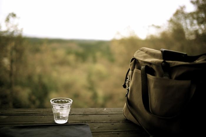 こちらは山登りのワンシーン。柔らかな色彩の中にも、大自然の静けさが伝わってきます。(LeicaM)