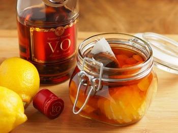 氷砂糖とブランデーを使用するレモンシロップも◎ブランデーを多めにすると、フルーツブランデ―にもなります。