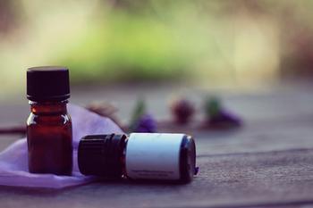 アロマオイルはお好みで、薄く香りづけしたい場合に使います。