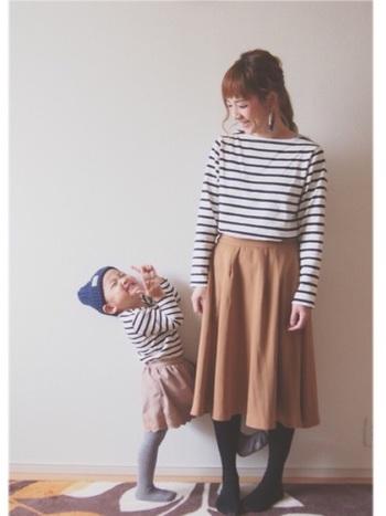 ママと一緒の洋服なら笑顔倍増!ボーダーは年齢に関係なく着こなせるので、親子コーデに欠かせません。  ■UNIQLO/ボーダーシャツ