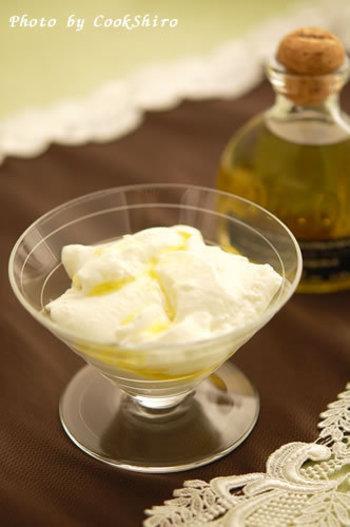 ババロアですが、甘くないタイプでオードブルにおすすめです。チーズの風味とトリュフの香りは相性バツグン!