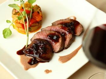 おすすめはトナカイ肉にステーキ。
