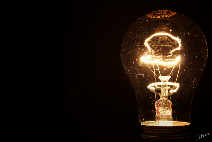 当時のものは明かりも弱く消耗も早かったため、現在は改良された物が使われているわけですが…当時の人が見ていた明かりがどのような物だったか気になりませんか?