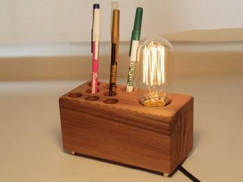 ペンたてとエイジソンバルブを組み合わせた作品!