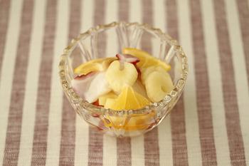 広島のレモンのおすすめレシピには皮まで食べられるものならではのレシピがたくさん載っています。レモンのピクルスは保存もできるので試してみたいですね。