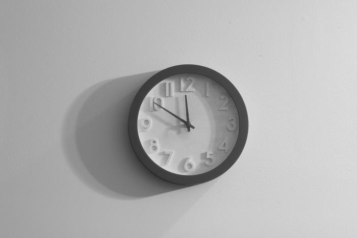 どこのお家にもある時計。時計本来の役割としてだけでなく、お部屋を彩るインテリアとして活躍しています。