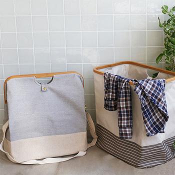 がま口風でとっても可愛い、折り畳めるランドリーバッグです。持ち手のほかに肩掛けベルトも付いているので、中の衣類をそのままクリーニング店に持ち込むこともできちゃいます。