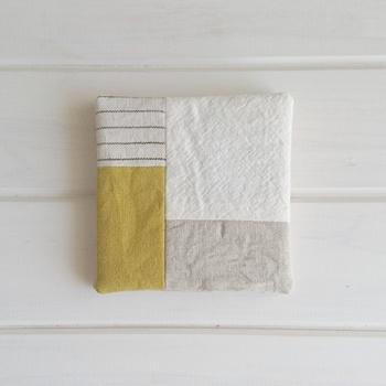 ハギレの種類それぞれが少なくても、バランス次第でどんな布同士でも合わせられます♪