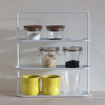 液体を入れても心配がないほどの密閉力を発揮するWECKの保存瓶。 密閉技術の素晴らしさは、乾燥した食材の保存にもぴったりです。