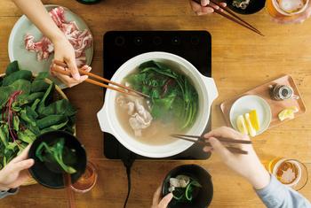 これから肌寒くなってくる秋冬シーズンに出番が増える『土鍋』。