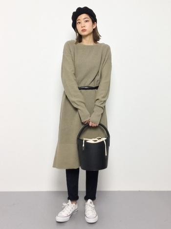 シンプルなスタイルが人気の今季は色や小物で工夫をして、素敵なコーディネートを作ってみてくださいね。