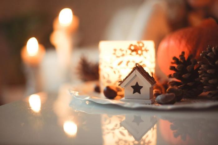 ロマンチックなキャンドルの光と共に。こうするだけで、クリスマスの雰囲気もしっかりだせますね♪