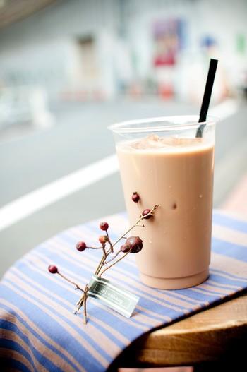 「香港カフェ蜜香(ミーシャン)」。店主の村木美沙さんは、香港点心師のもとでの修行や、レストランでのメニュー開発の実績を活かして自分のお店を出したいと思い、 2010年に代官山で開業したそうです。