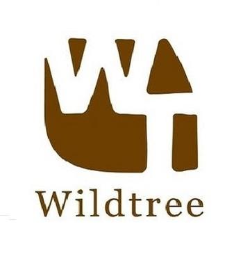 「Wildtree(ワイルドツリー)」は、信州伊那に本拠を置く会社で、オーストラリア「ノーザンライト社」のミツロウキャンドルの日本における総輸入元です。  代表の平賀裕子さんは、「100万人のキャンドルナイト」「アース・デイ」への参加をはじめ、池上本門寺での音楽イベントのキャンドルライトアップサポートや、信州大学の学祭をはじめ、全国各地でミツロウキャンドル関連のワークショップの講師をつとめるなど、ミツロウキャンドルの普及に力を注いでおられます。