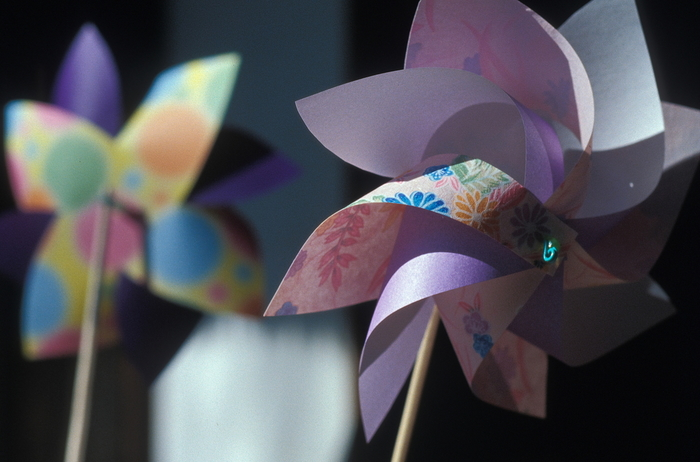 和紙を使って作るとより涼やかで和を感じさせますね。千代紙を使えば柄が生きてとてもきれいです。