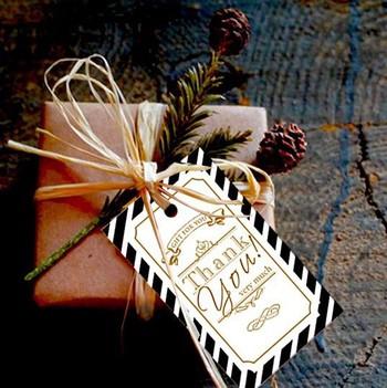 お菓子と一緒にメッセージを添えて。 気持ちと温かさが伝わります。