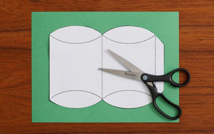 型紙はこんな感じになっていますよ。