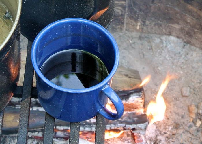 デイキャンプの思い出は温かいコーヒーで締めくくりましょうか。