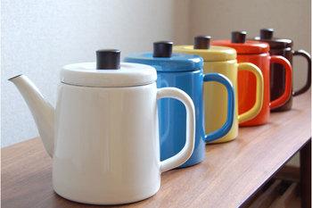 カラーバリエーションも豊富でどれもオシャレなので悩んでしまいそう。キッチンの雰囲気やお好みで選べるのも嬉しいですよね。飾ってあるだけでもテンションが上がりそうです。