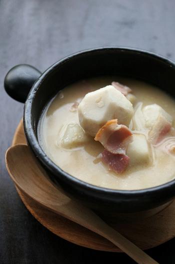 酒粕と味噌をベースに、コンソメやベーコンで洋風の味付け。