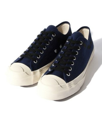 足にしっかりと馴染むのはさすがムーンスター!デザインもシンプルなので、年齢問わず長く愛用できそうです。