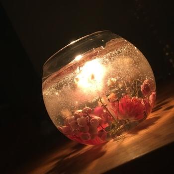 見た目にも美しいボタニカルキャンドル。作り方とアイデア集。