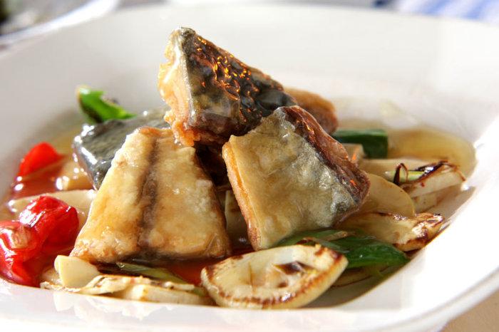 栄養価が高くて、値段も安いサバは、いろいろな料理法を覚えておきたいですね。