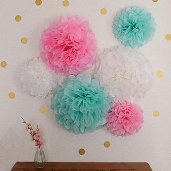 昔なつかし「お花紙」が今注目です。  ペーパーポンポンやペーパーフラワーなどの名前でとっても素敵になっています。作り方はとっても簡単なのに、紙の切り方を変えるだけでお花の形をアレンジできます。 壁に貼ったり、糸を通してガーランドにしたり、天井から吊るしたりと、おしゃれなインテリアやパーティーの飾りとして楽しめます!