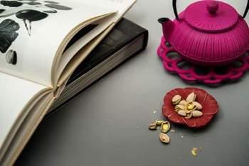 ◆KIKU(ピンク)  なんとも女子力の高い、このカラー。 ティータイムが格別な時間になりそうですね。