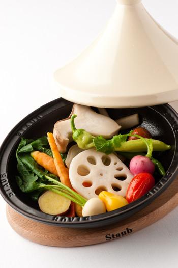 そして何と言っても美味しい野菜料理の数々!オリジナルの野菜ジュースや、野菜を使ったデザートなどもあります♪