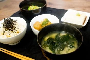 丁寧な暮らしは丁寧な食事から。「一汁三菜」を心がけて健康になろう♪
