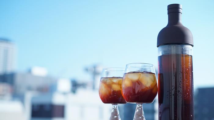 フィルターインボトルに似た、コーヒー用のフィルターインコーヒーボトルもオススメです。