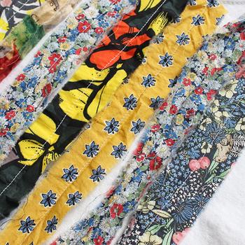 花柄と一言で言っても、シックな小花柄からビビッドで大ぶりな花柄までさまざま。今季も素敵な花柄がたくさん♪ 今回はそんな花柄ファッションのコーディネートをアイテム別にご紹介したいと思います♪