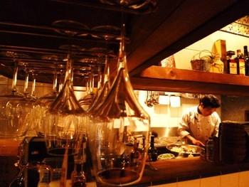 オーナーのワインと料理に対する情熱には本当に関心してしまいます。ソムリエまで取得したその熱い情熱が料理を通して伝わってくるような気がします。気軽に入れるお店なので是非足を運んでみてください。