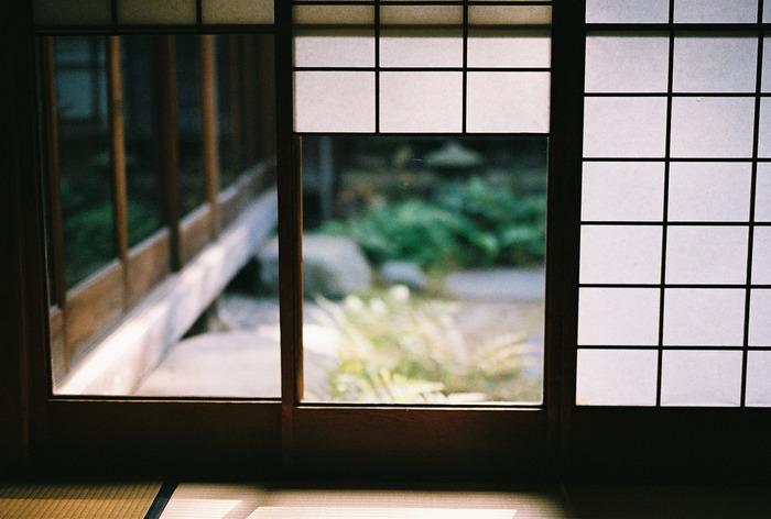日本には、古来から景色や食べ物で季節を感じ取り、それを楽しむ習慣がありますよね。
