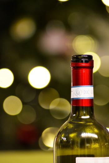 主なレシピは赤ワインで作られることが多いのですが、白ワインをベースにしたものもあり、好みに合わせて楽しむことができます。