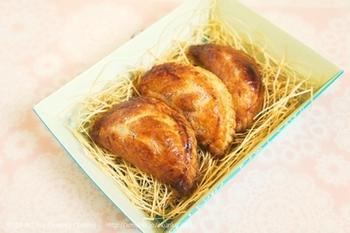 ■冷凍パイシートで簡単♪アップルポテトパイ  秋の味覚りんごとさつまいもをたっぷり詰め込んだ「アップルポテトパイ」。自然のやさしい甘さが味わえます♪