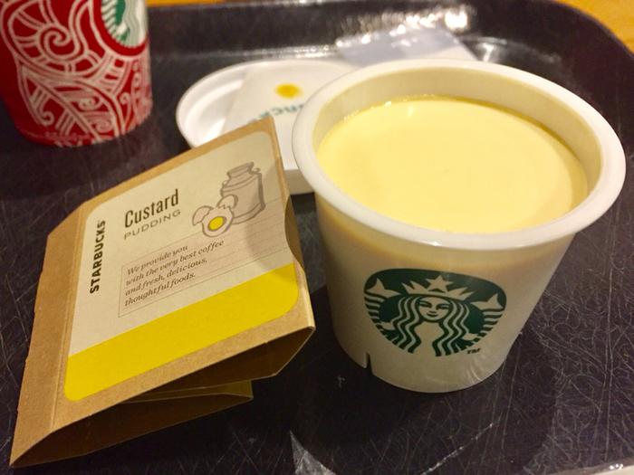 ミルクカスタードプリンもほどよい甘さで、底にあるキャラメルソースとよく合います。卵の味もしっかり感じられ、コクのある濃厚なプリンとなっています。