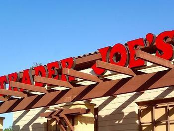 アメリカのおしゃれオーガニックスーパー『Trader Joe's(トレーダージョーズ)』。