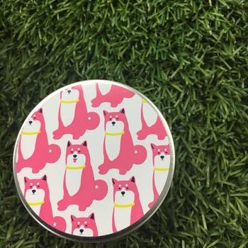 こちらも東京限定のフルーティアロマのど飴。梅&ハーブ味は、ピンク色の可愛い犬がパッケージとなっています。