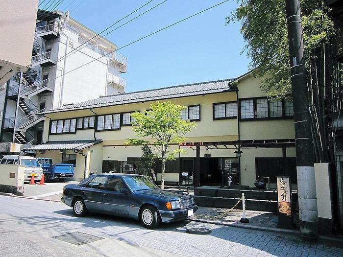こちらは箱根の綺麗な水で作られる湯葉丼が有名なお店。